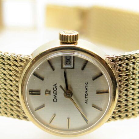 OMEGA -LADY WATCH 9 CARAT YELLOW GOLD